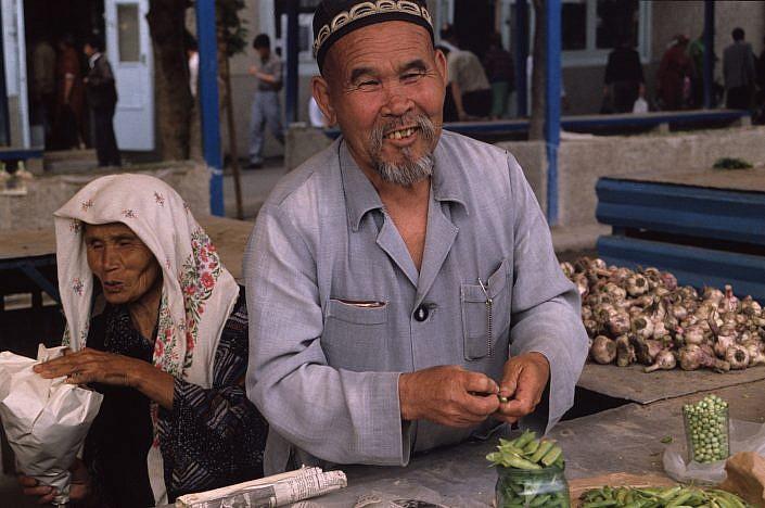 Market Tashkent | Roelof Foppen Photography