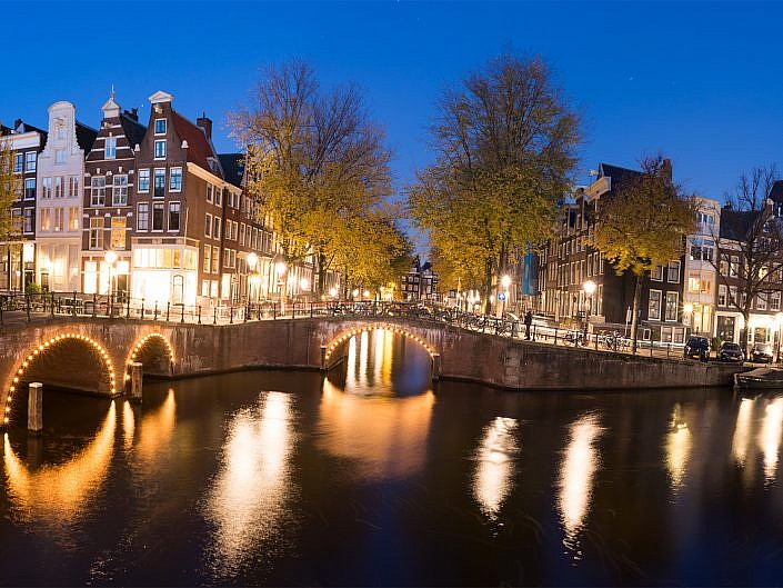 Amsterdam Photographer Search