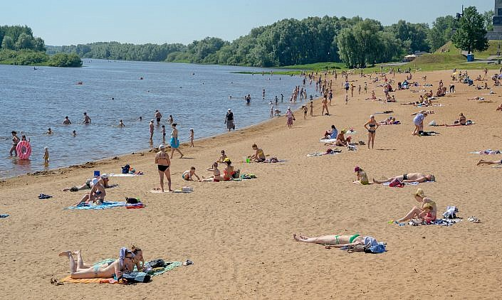 Novgorod Veliki | Beach at Volchov river